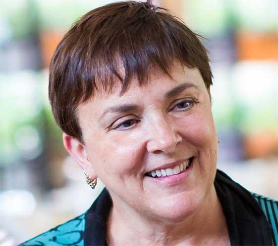 Ellen Zachos Owner & Author Backyard Forager