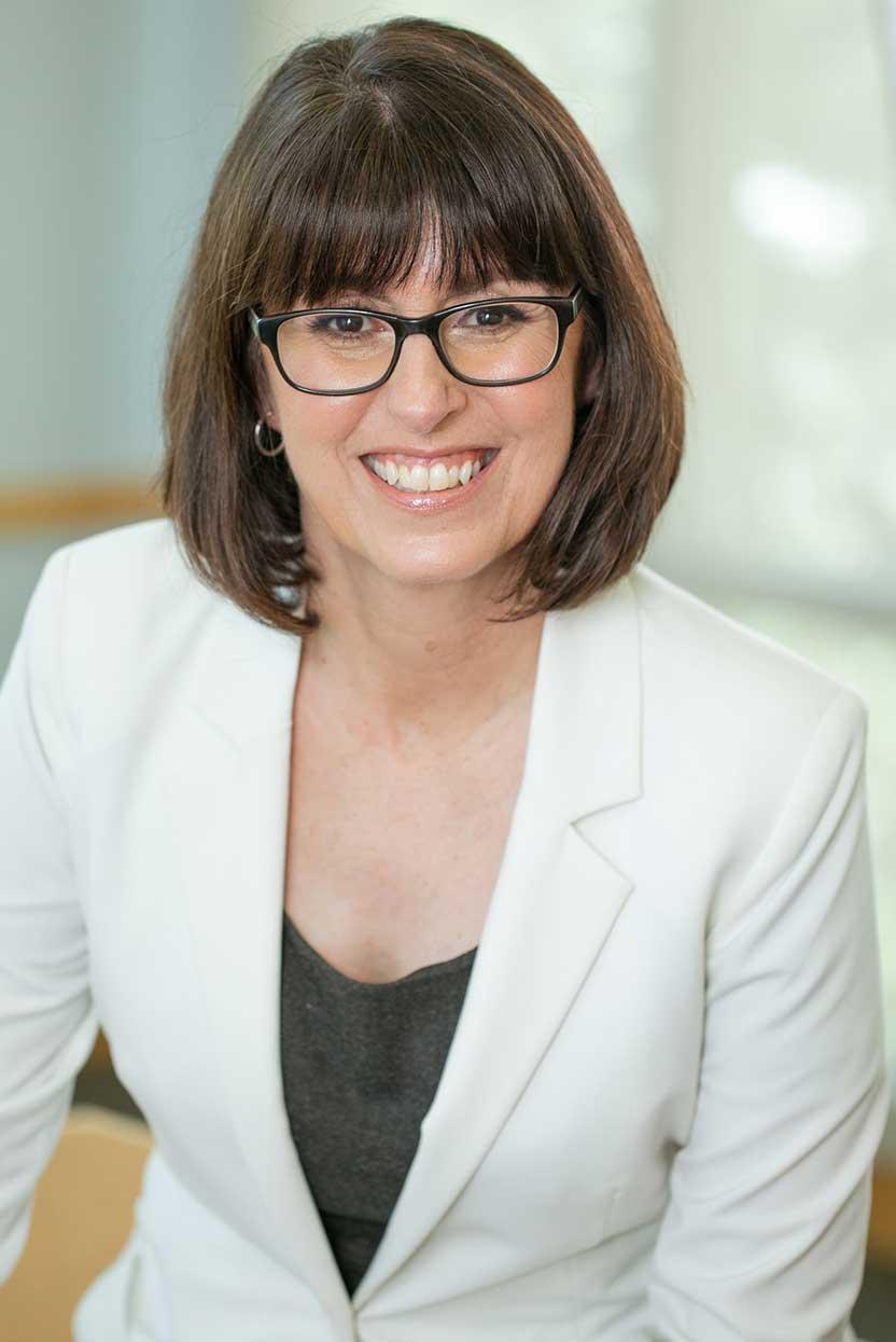 Theresa Loe: Leadership & Team Building Coach